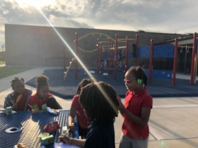 Breakfast on the playground, 2018